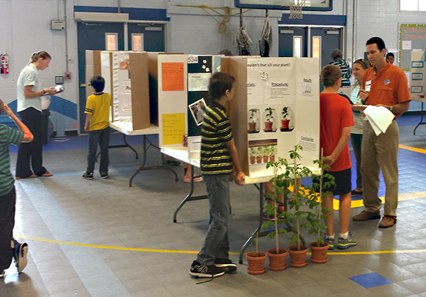 ScienceFair2015 2 web