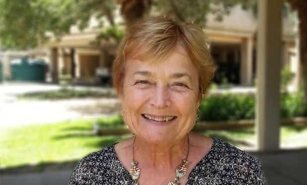 Joan Holt to Receive Harvey Weil Professional Conservationist of the Year Award