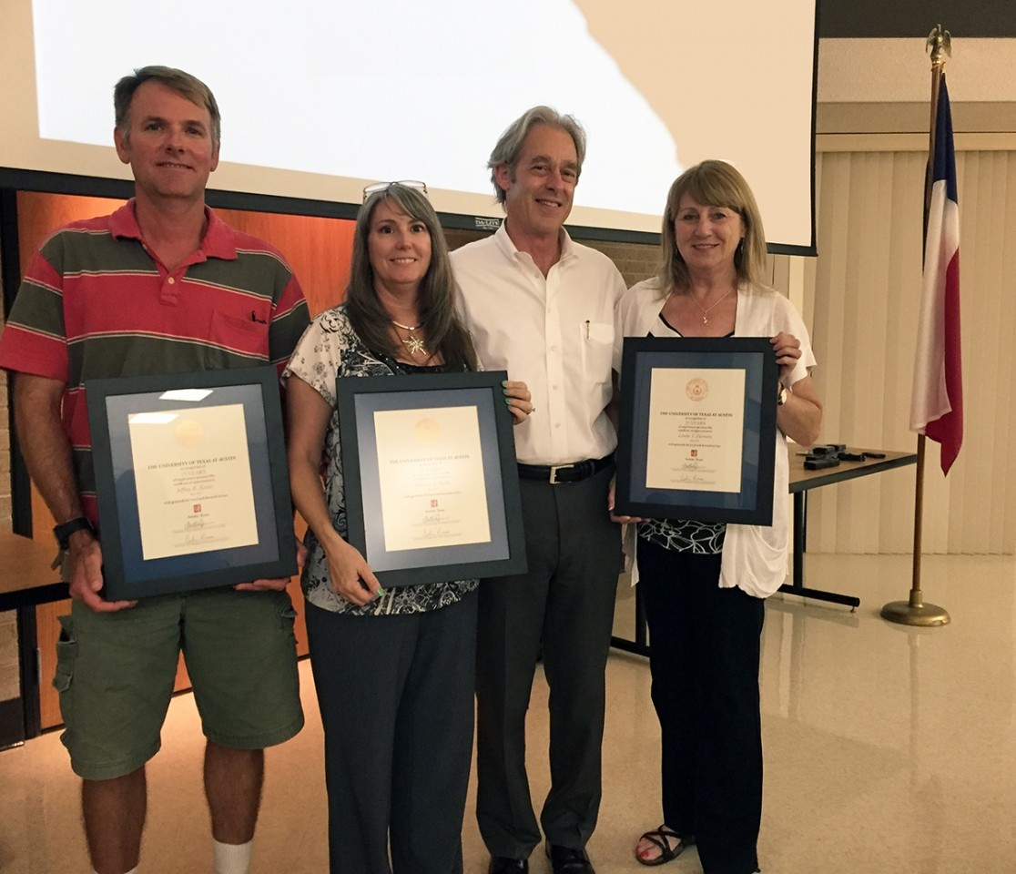 UTMSI Recognizes Staff Service